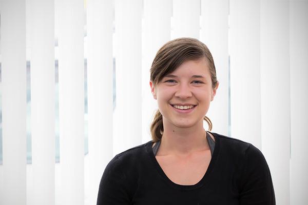 Birgit Längauer - vmbr.at - Versicherungen & Vermögensberatung